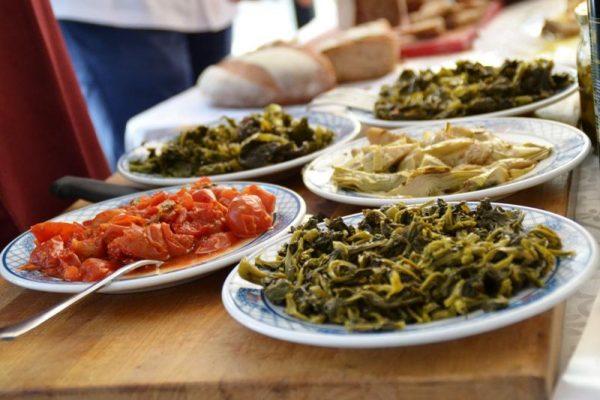 Mangiando s'impara… a conoscere il mondo: piatti internazionali nelle mense scolastiche del lecchese